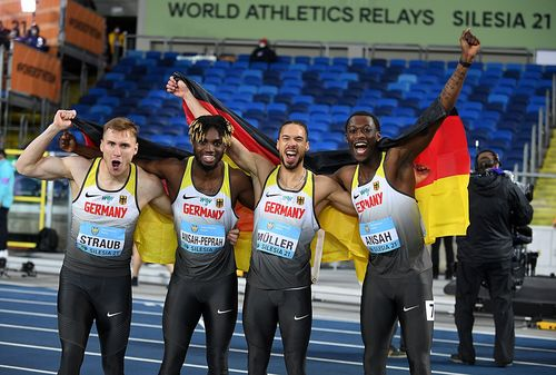 """Startläufer Steven Müller führt DLV-Quartett bei den """"World Athletics Relays"""" im polnischen Chorzow zum Sieg über 4x200 Meter."""